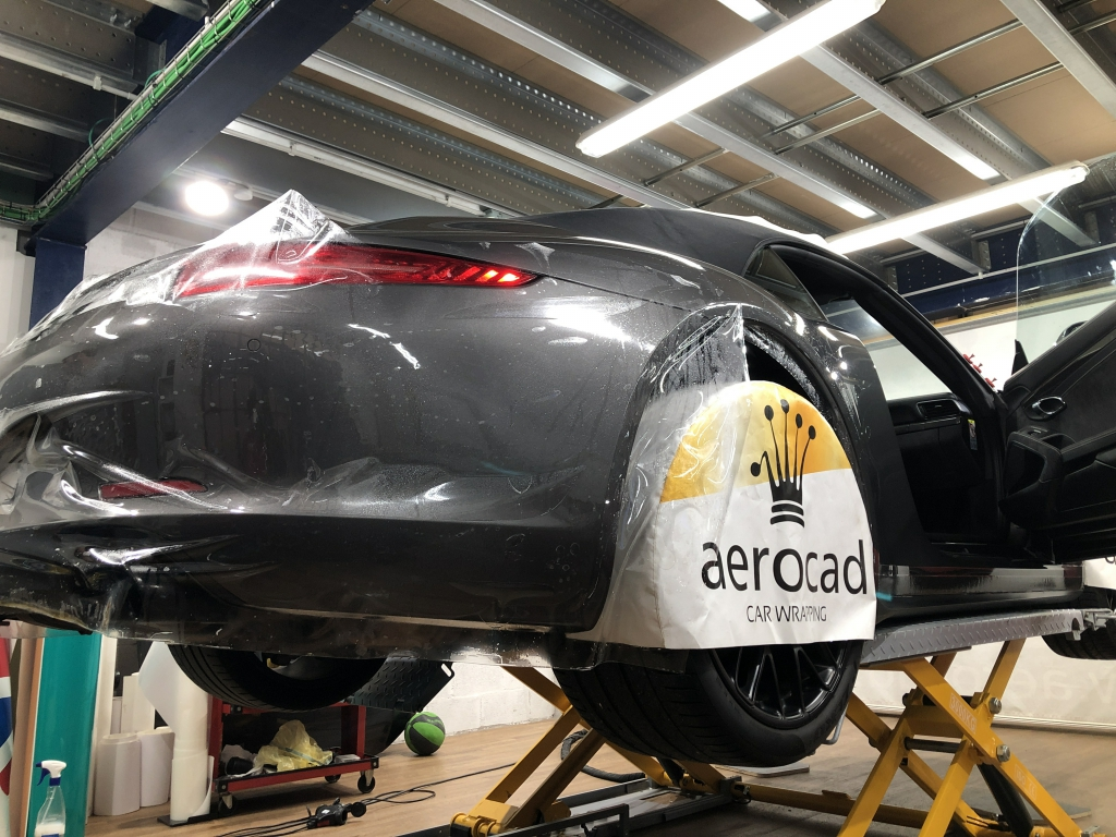 Trabajo de PPF Porsche 911 Carrera GTS (2)