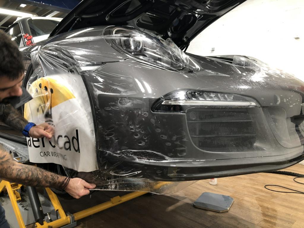 Trabajo de PPF Porsche 911 Carrera GTS (6)