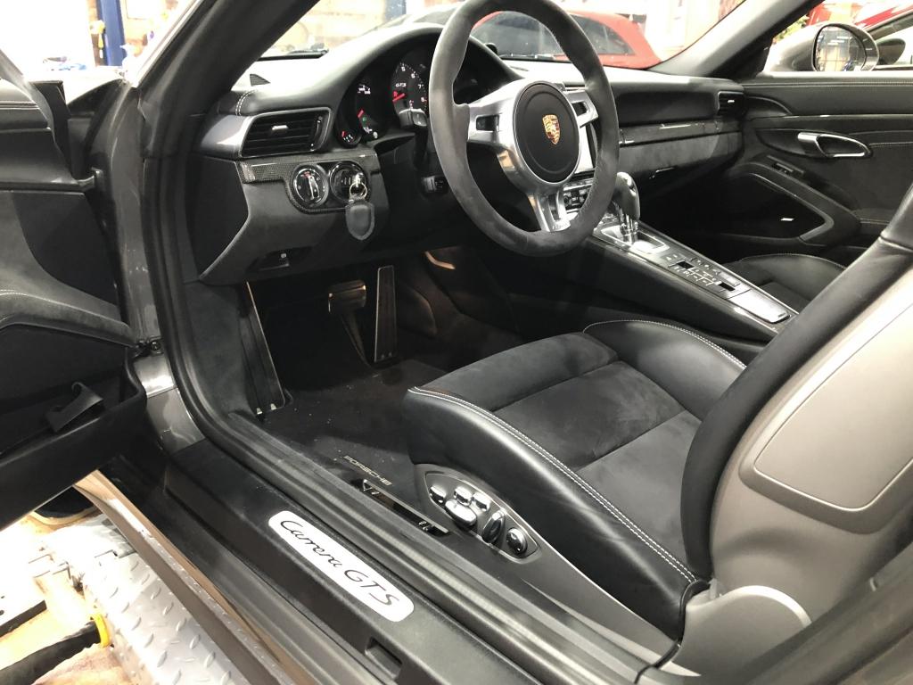 Trabajo de PPF Porsche 911 Carrera GTS (9)